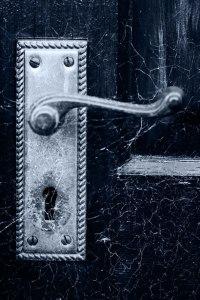 old-door-handle